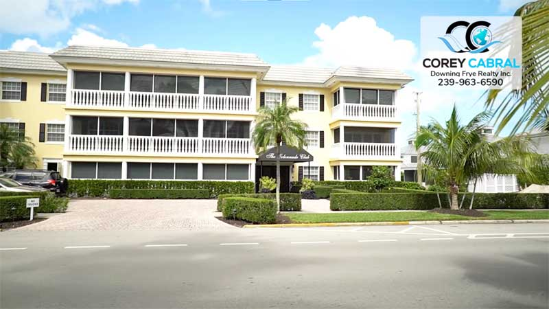 Colonnade Club Condo Real Estate in Old Naples, Florida