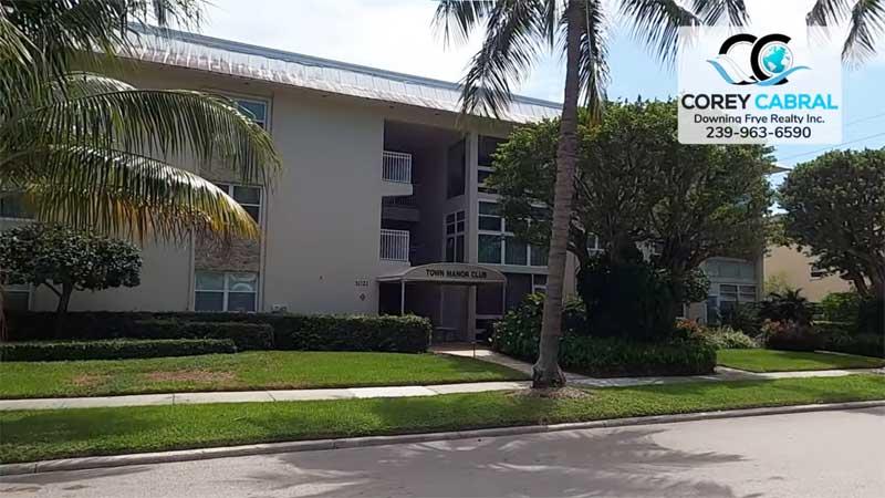 Town Manor Condo Real Estate in Old Naples, Florida