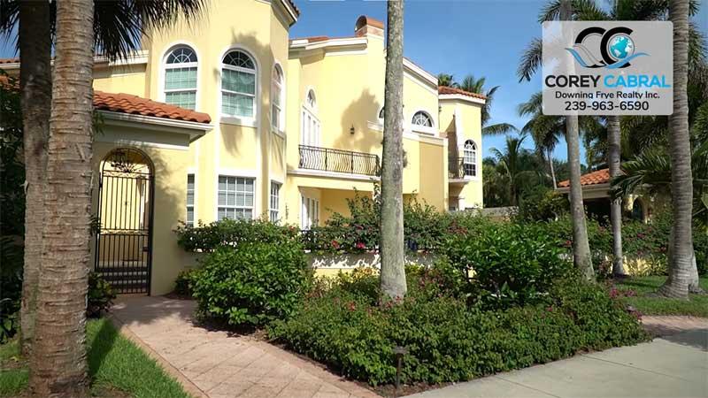 Villa del Torres Condo Real Estate in Old Naples, Florida